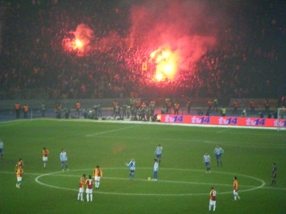 03 12 2008 Hertha Bsc Galatasaray S K 0 1 Heile Unterwegs